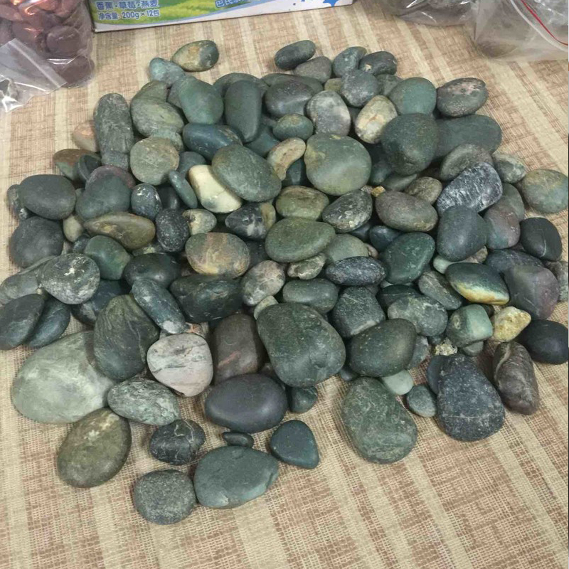 Green Colour Stone Pebbles